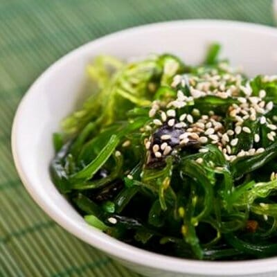 Simple Asian Seaweed Salad with Wakame